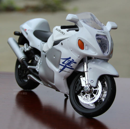 MAISTO Mannequin 1/12 Suzuki Hayabusa 1300 GSX 1300R Diecast Bike Racing Motorcycle Children Christmas Reward Collections