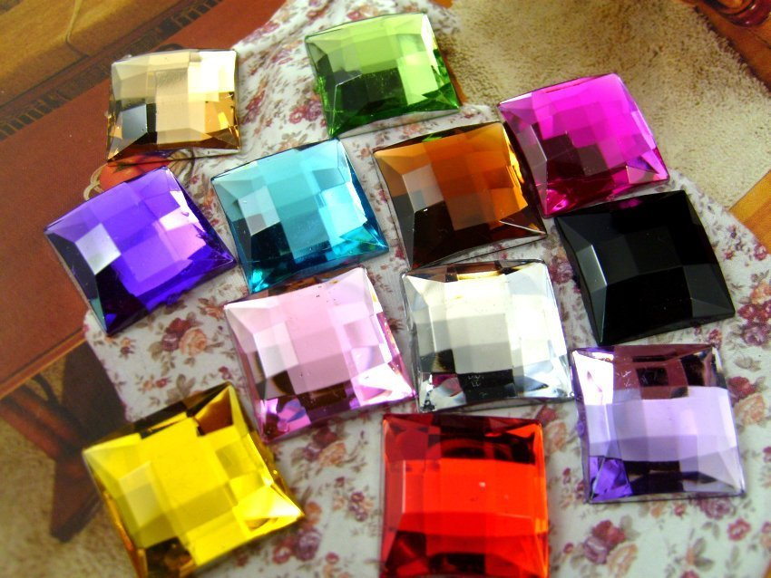 200pcs/Bag 20*20mm Flat Back Square Shape Acrylic Rhinestones,Acrylic Plastic 3D Nail Art / Garment /Jewelry Rhinestone