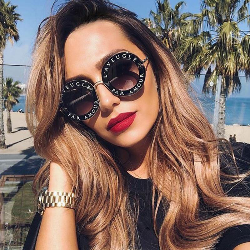 New Arrival Retro Round Sunglasses English Letters Bee Shades Sun Glasses Women Men UV400 Oculos Feminino Lentes