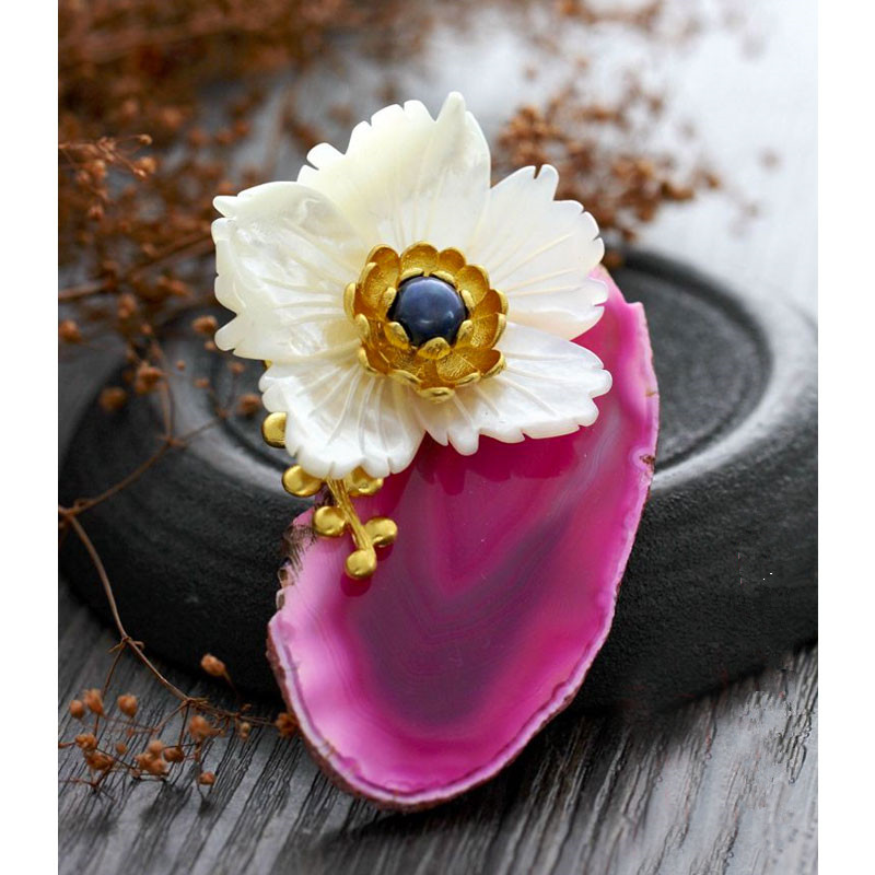 CMAJOR Delicate Flower Carnelian Stone Brooch Jewelry Pendants Bijoux Broche Femme Shell Makeing Brooches For Women delicate rhinestone blue resin retro bird brooch for women