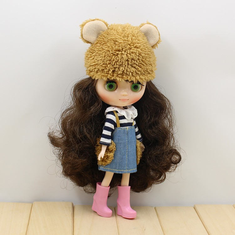 Middie Blythe Doll Outfit With Hat 2