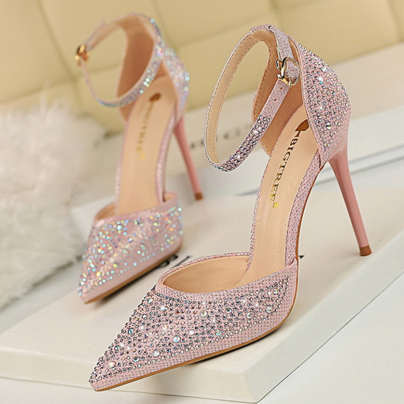 2019 Fashion Women Pumps Classics High Heels Pumps Women Shoes Diamond Women Heels Work Office Shoes Pointed Toe Ladies Sandals