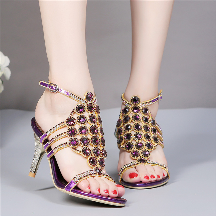 ФОТО 2017 Summer New T-strap Rhinestone Sandals Genuine Leather Buckle Diamond High Heels Sandals Women Sandalia Feminina
