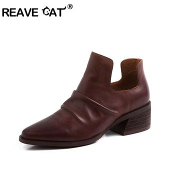 REAVE CAT Genuine leather Chelsea Boots for woman Top quality ankle boots  shallow black brown big size 40 botas mujer