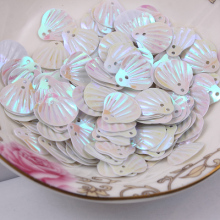 1000pcs/lot  13mm Shell sequins 2holes White colors Jewelry Accessories cloth crafts confetti clothing