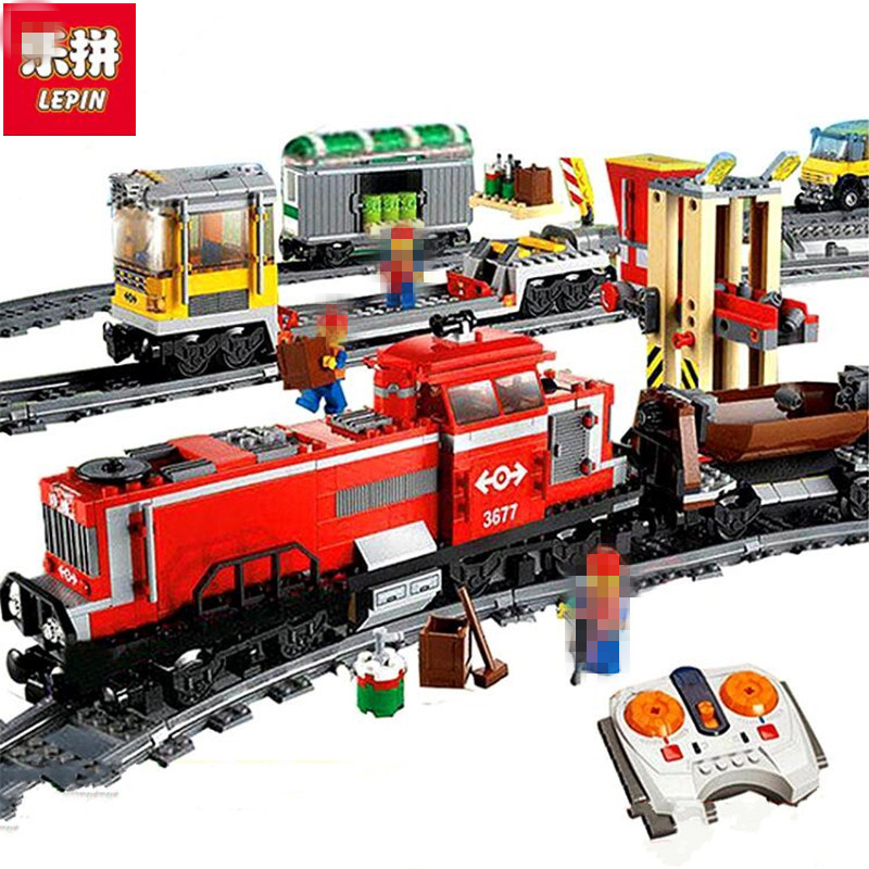 Lepin 02039 Model Building Kits Compatible With City RED CARGO TRAIN 3677 Building Brick Blocks RC Train 898 Pcs lepin 02009 city engineering remote control rc train model