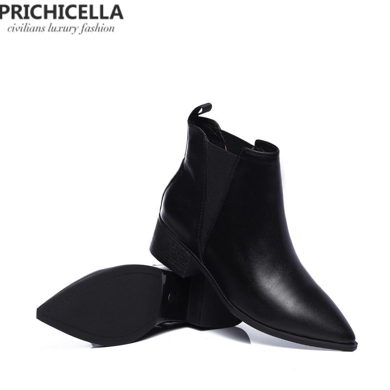 c76b5d2b638 Véritable Prichicella Femmes En Cheville Cuir Chaussons Moto Cher D hiver  Pointu Bottes Appartements Pas Chaussures ...