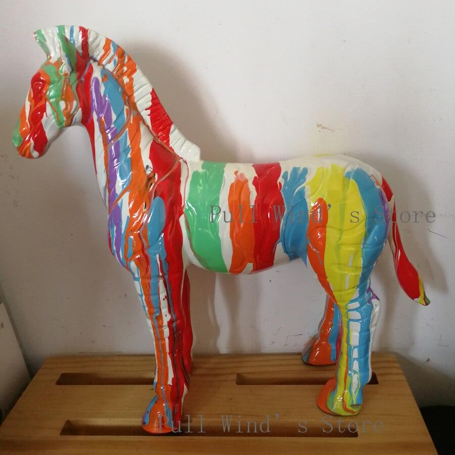 Exquis peint à la main multicolore résine cheval statue mode Art Animal cheval maison bureau décoration sculpture grand cadeau