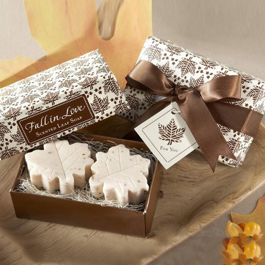 2PCS Dewaxing Soap Handmade Maple Leaf Design Bathr Soap Wedding Party Valentine Love GiftLevert Dropshipping 25p1016