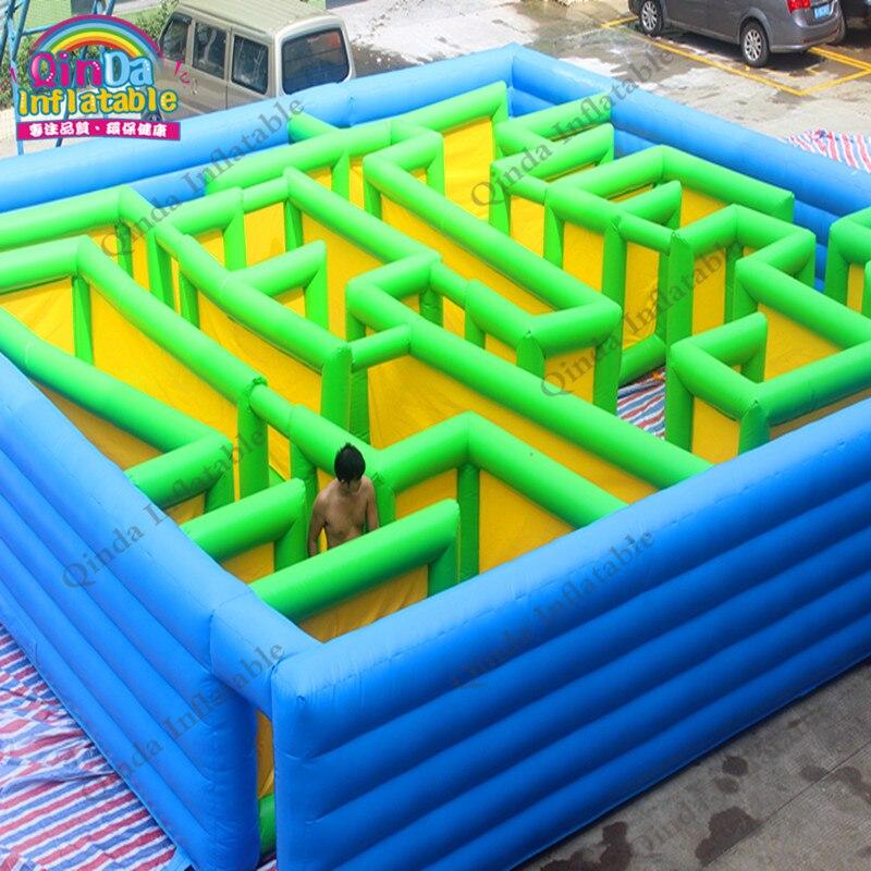Labyrinthe gonflable Commercial de parcours du combattant d'étiquette de Laser gonflable d'arène de 10*10*2 m en bonne qualité