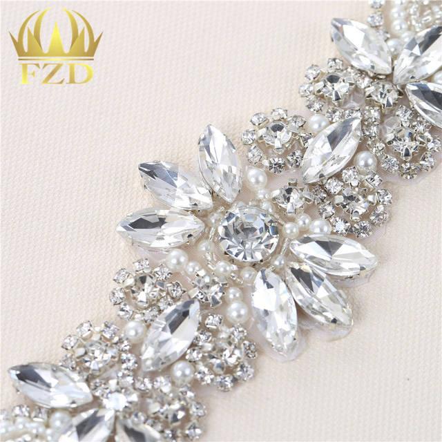 1piece Iron on hot fix rhinestone crystal applique motif patches for  Wedding Bridal Sash 8423eaeba6ed