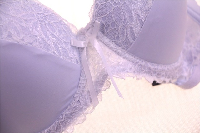 Female sexy and everyday lace bra set