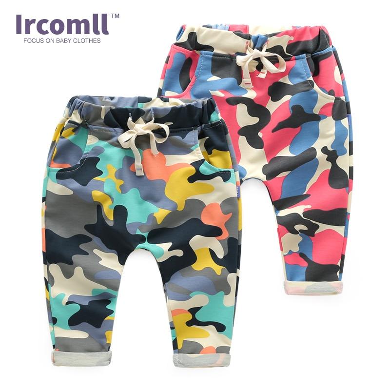 2018 Nowe dzieci Haren Bawełniane spodnie kamuflażowe Moda Outdoor Chłopcy Spodnie sportowe Spodnie Patchwork Spodnie Jogger Kid Clothes