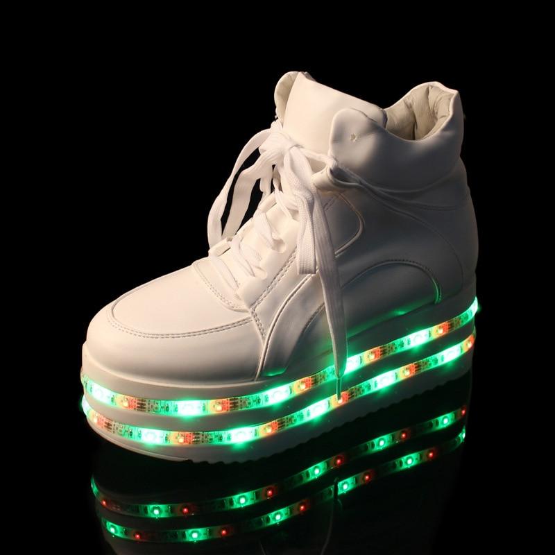 Charge forme Blanc Goth Lumières Des Chaussures Discothèque Femmes Dentelle S'allume Ga7 Nuit Noir Punk Up Haute Filles Bottes Casual De Usb Noir ivoire Led Plate 0OqXX1a