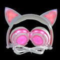 2017 New LED Light Cat Ear Earphone Foldable Flashing Glowing Headset 3.5mm Music Universal Headset Hifi Headphone Cosplay Gift