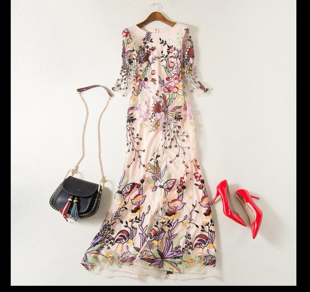 O Neck 3/4 Sleeves Embroidery Runway Dresses