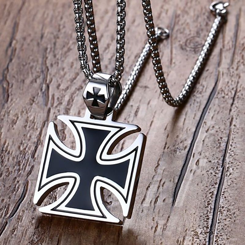 Movie Game Jewelry 36MM Stainless Steel Black Drops Knights Templar Pendant Men Steel Color