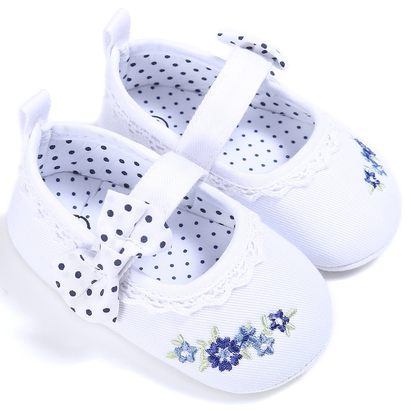 2017 Toddler Newborn Baby Baby Girls First Walker Crib Shoes Bow Embroidery Princess Baby Soft Sole Anti-Slip Prewalker