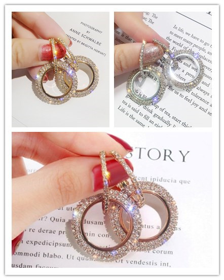 3COLOR NEW 925 Silver Needle Rhinestone Circle Crystal From Swarovskis Temperament Personality Wild Earrings For Woman