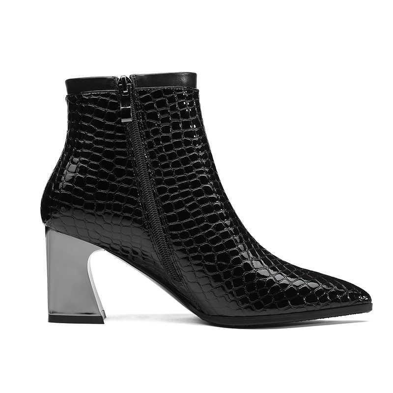 ISNOM Mùa Đông Phụ Nữ Mắt Cá Chân Khởi Động Chân Nhọn In Giày Dép Nữ Cao Gót Giày Zip Phụ Nữ Giày 2018 Màu Đen Cộng Với Kích Thước 34-42