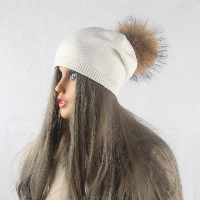 Зима Осень Пом Пом Шапочки Hat Женщины Вязаный Шерстяной Skullies Повседневная Cap Реального Ракун Меховым Помпоном Шляпы