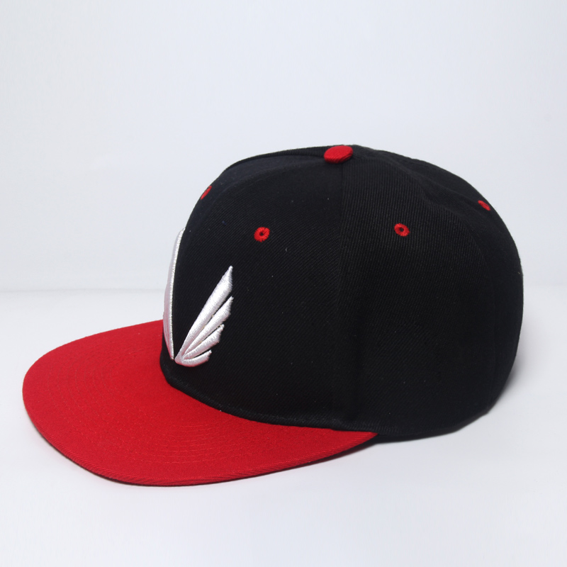 Hot 2018 New Fashion Red Black Hat Baseball Cap HipHop Cap Cool Snapback  Gym Sport Cap High quality Men Women Adjustable-in Baseball Caps from  Apparel ... fd2864cc8c3