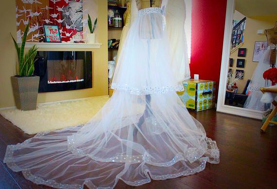 White Tulle Overskirt A Line Women's Skirts With Beaded Sweep Train Custom Made Wedding Skirts With Bow Sashes-in Skirts from Women's Clothing    3
