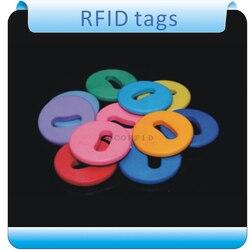 100 pcs com furo de Alta temperatura à prova d' água ISO14443 13.56 mhz IC tag lavanderia/lavanderia RFID etiquetas