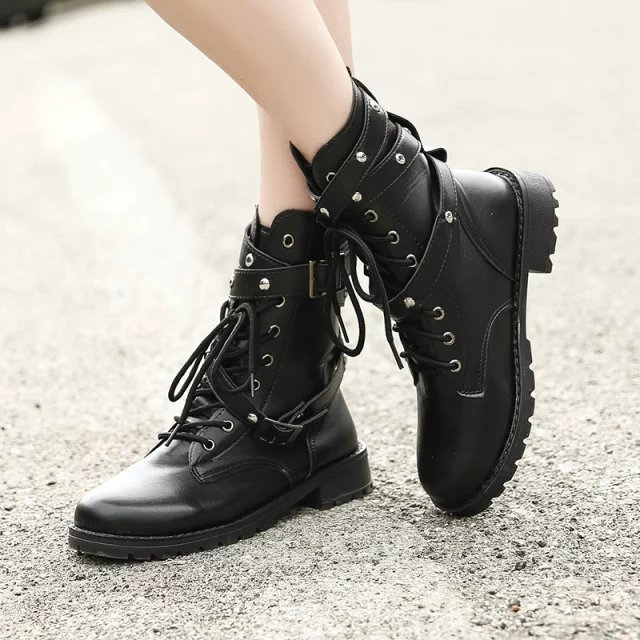 90eb8898aac 2018 Motorcycle Boots Ladies Vintage Combat Autumn Boots Army Punk Goth  women boots Women Biker PU Leather Short Boots