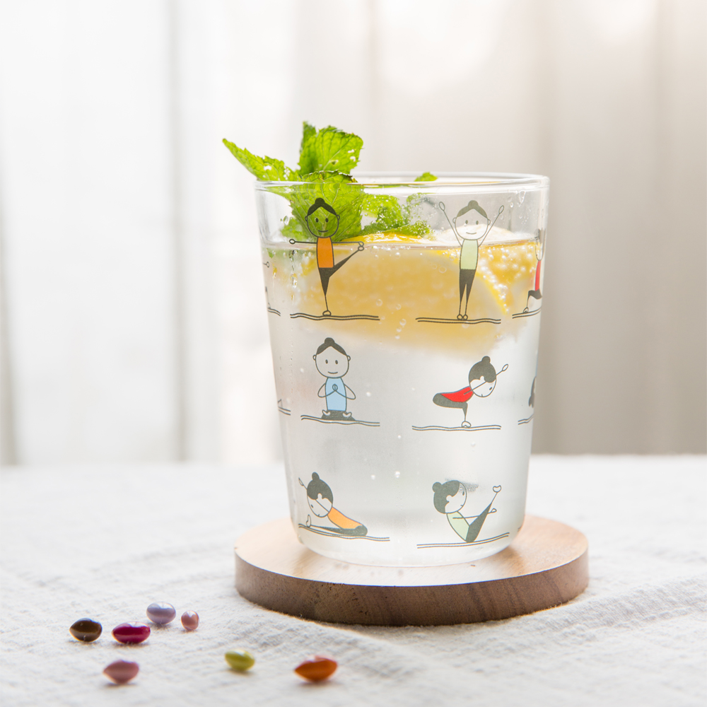 360ml Japanese Borosilicate Glass Bottle Yoga Girl Pattern Cup Anti Cracking Milk Juice Mug Breakfast Glass Cup Gift Drinkware