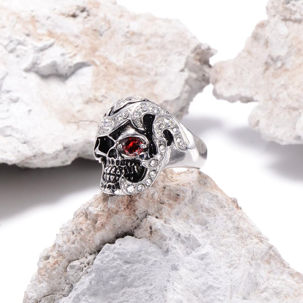HTB1JFSoKXXXXXcpXFXXq6xXFXXXj - Skull Shaped Pirate Inspired Ring with Crystals
