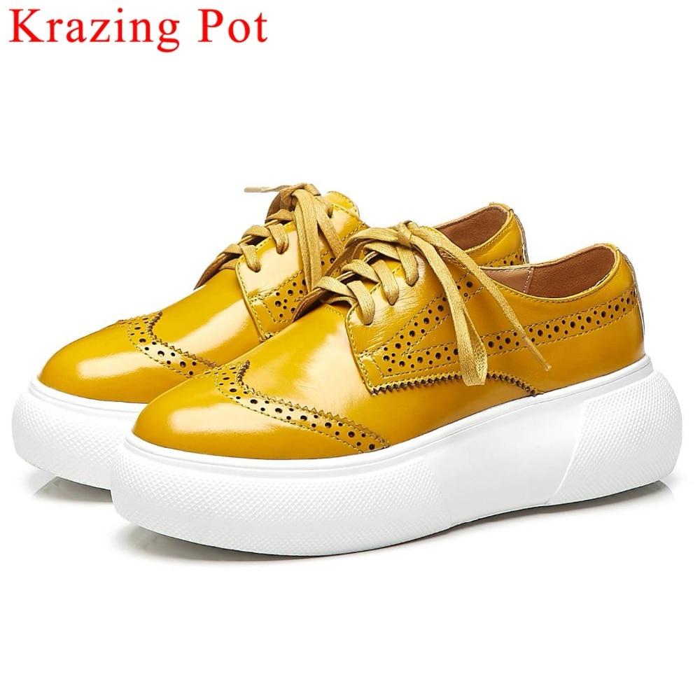 매일 착용 천연 가죽 레이스 업 운동화 통기성 플랫 플랫폼 영국 스타일 대형 brogue 신발 vulcanized 신발 l16-에서여성 경량 신발부터 신발 의  그룹 1