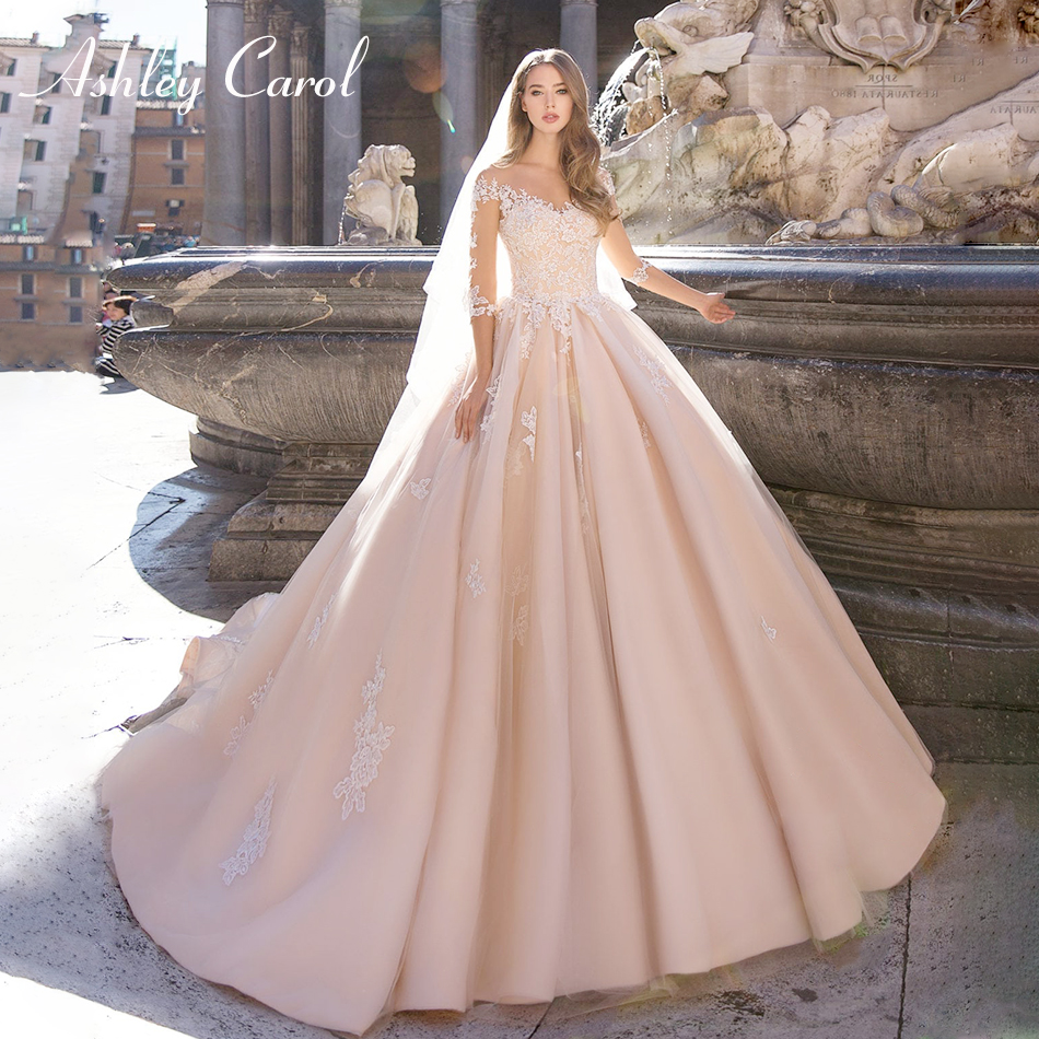 Ashley Carol Sexy V-neckline Half Sleeve Illusion Princess Wedding Dress 2019 Lace Up Chapel Train Bride Dress Wedding Gowns
