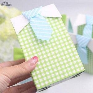 Image 2 - 50 adet benim küçük adam mavi yay yeşil kravat doğum günü İlk Communion erkek bebek duş şeker çanta düğün iyilik şeker kutu hediye keseleri