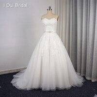 Милая бальное платье Кружево Свадебные платья Кружево Аппликация из бисера Шампанское свадебное платье с поясом Часовня Поезд