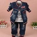 Новые 2017 весна мальчики цифра письмо джинсовая куртка + футболка + брюки одежда наборы 3 шт. детская одежда наборы мальчики casual спортивный костюм мальчиков джинсы