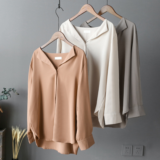 Great Autumn Women V Neck Blouse Long Sleeve Fashion Solid White Office Lady Working Shirts High Street Loose Minimalist Tops