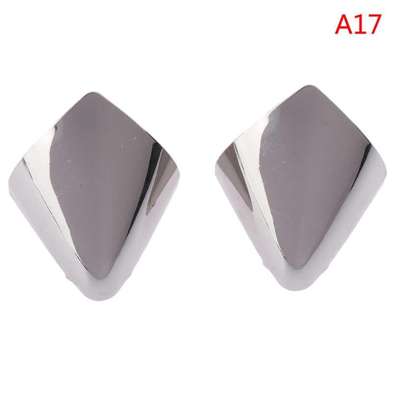 4 renk 2 ADET Ayakkabı Klipleri Dekorasyon için Moda Metal Malzeme Yüksek Topuklu Ayakkabı Kırık Tamir Aksesuarları Ayakkabı Ayak Koruma