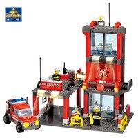 KAZI 8052 City Fire Station 300pcs Building Blocks Compatible Famous Brand City Truck Model Toys Bricks