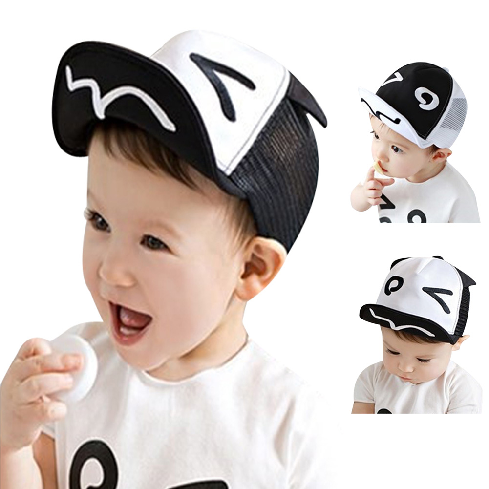 Aranyos rajzfilm baba baseball sapkák fiúk lányok tavaszi nyári kalap sapka szép fekete fehér nap kalap a 1-3 éves gyermekek számára
