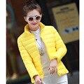 O envio gratuito de mulheres casacos de inverno 2015 novo parágrafo curto de algodão fino Mulheres inverno Coreano Slim fit casaco estofo de poliéster