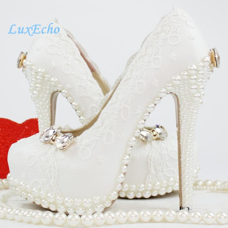 إمرأة الأبيض الدانتيل اللؤلؤ أحذية الزفاف امرأة الزفاف حزب اللباس أحذية منصة حذاء الكعب العالي مضخات zapatos موهير-في أحذية نسائية من أحذية على  مجموعة 1