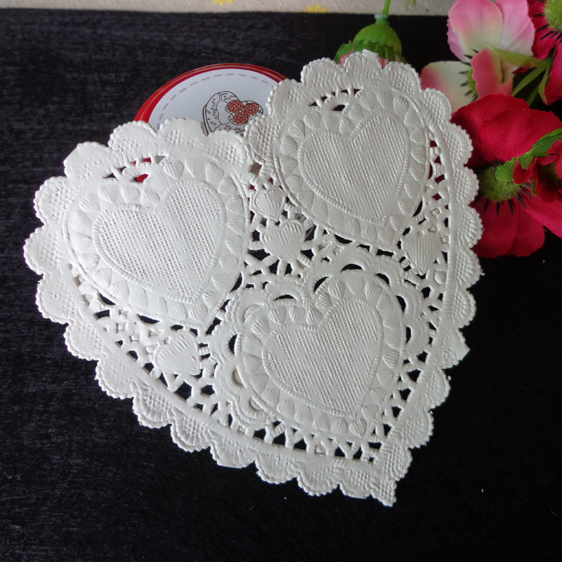 100pcs Creative Craft 4 quot Inch Heart White Paper Lace Doilies Cake Placemat Party Wedding Gift Decoration Craft Paper Gifts in Party DIY Decorations from Home amp Garden