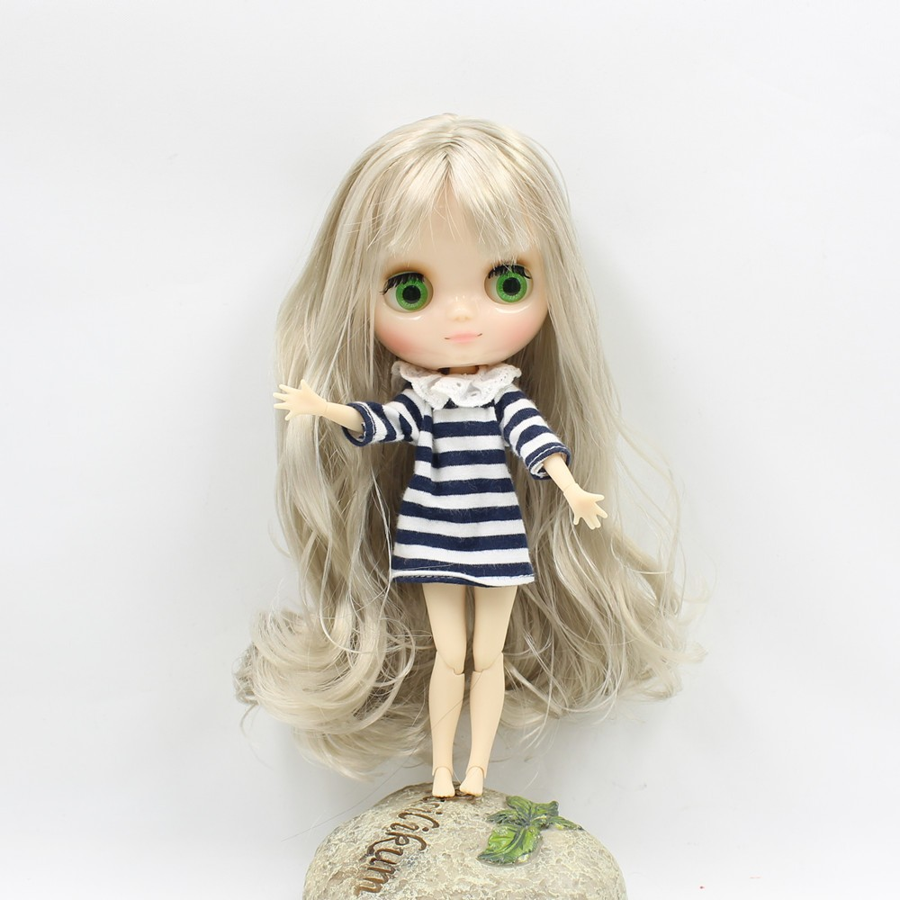 Middie Blythe Doll Blonde Hair Jointed Body 20cm 4
