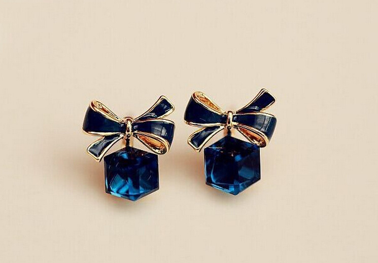 The High Quality Fashion Chic Shimmer Plated Gold Bow Cubic Crystal Earrings Blue Rhinestone Stud Earrings For Women