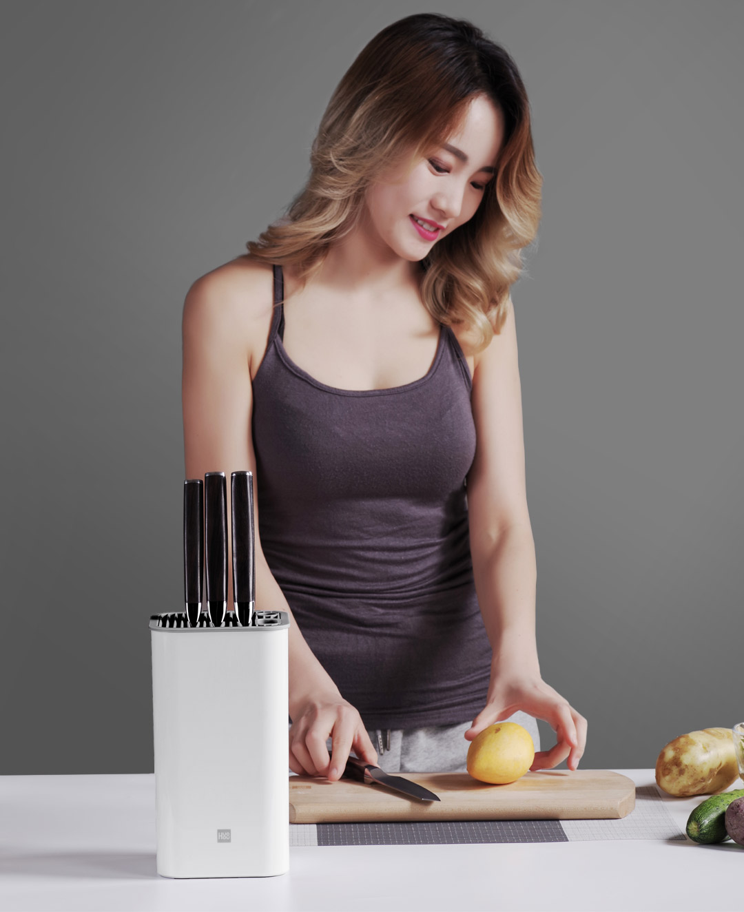 Image 5 - Xiaomi Youpin Huohou Universal Knife Holder is Super complete Suitable for All Kinds of Knives Whole Body Washing-in Smart Remote Control from Consumer Electronics