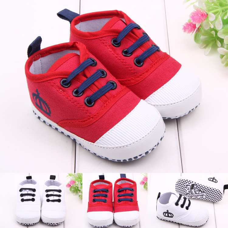 Mocassini Baby Canvas Baby Sapata Sneakers bambino Lace-up Designer Soft Soled Baby Shoes