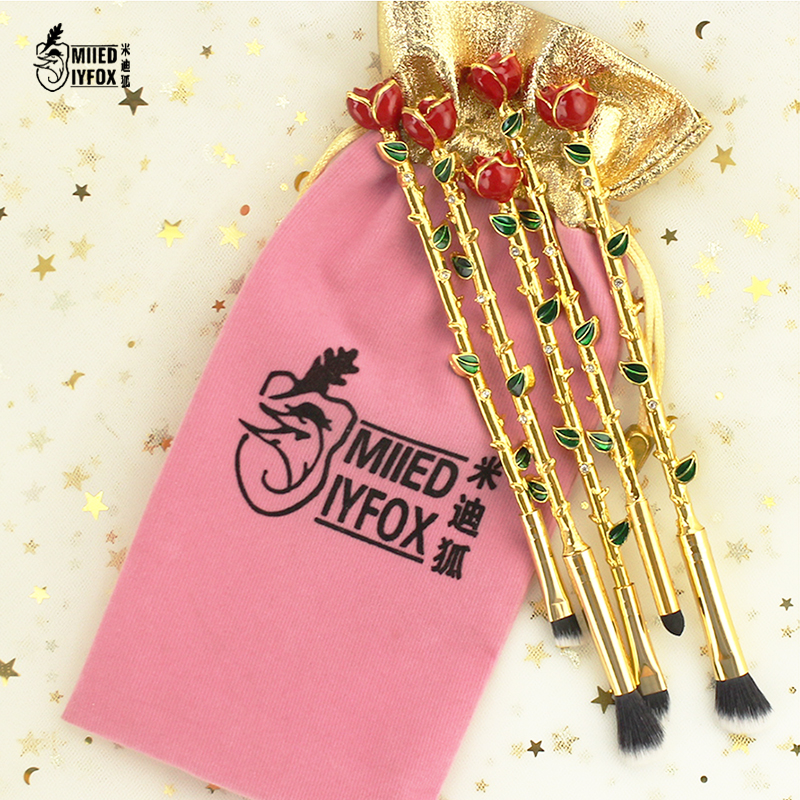 New store!!!Super discount!!Beauty and the beast rose makeup brush Cosmetic brush Woman gift free shipping