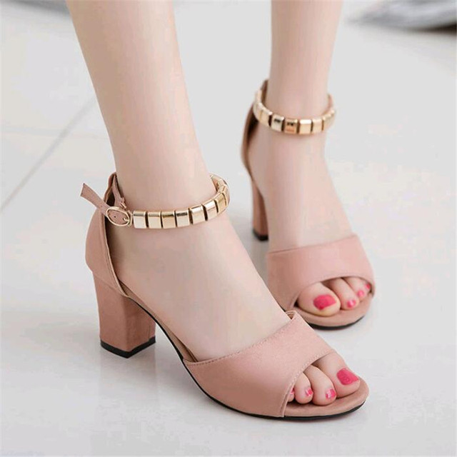 43a58c5fe6e 2019 Summer New Style Buckle Roman Thick with Sandals Female Korean Casual  High Heels Beaded Fish Female Sandals