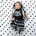 El Bebé Arropa 2016 Marca Verano de Los Niños Arropa los Sistemas t-shirt + Pants Traje Ropa Ropa de la Historieta Impresa recién nacido Trajes Del Deporte
